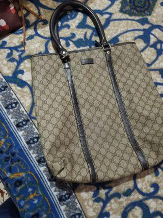 Sale!!!Gucci Super Large tote