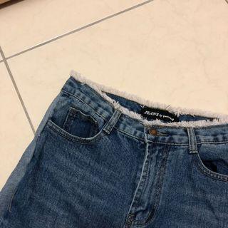 🚚 出清含運!(下單前詢問出貨日期) queenshop 高腰側拼接牛仔褲
