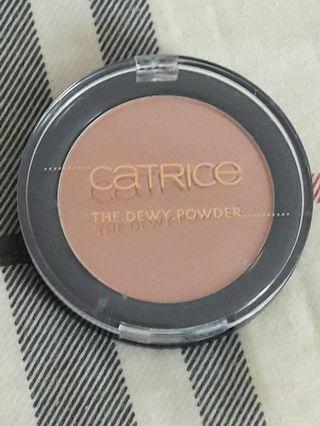 Catrice the dewy powder