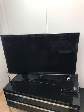 "Samsung LED 34"" TV"