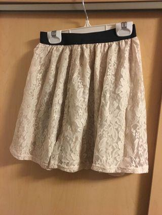 Cute white lace skirt (s)