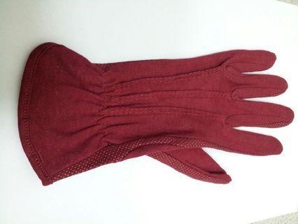 🚚 布手套1個65,2個120(黑、紅、咖啡)