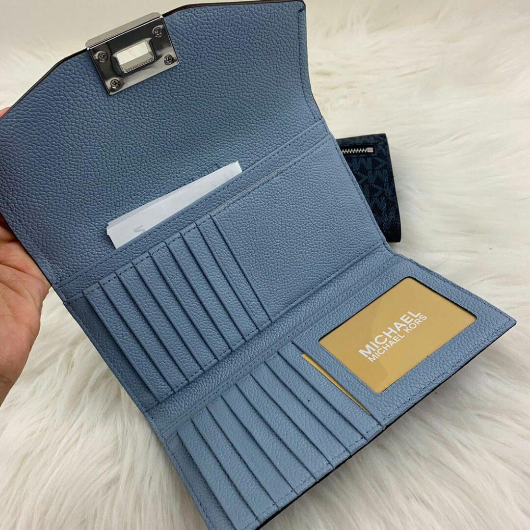 💎100% ORIGINAL MICHAEL KORS CASSIE LARGE TRIFOLD WALLET IN SIGNATURE💎