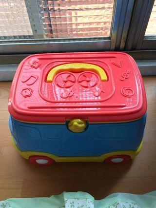 廚房玩具車