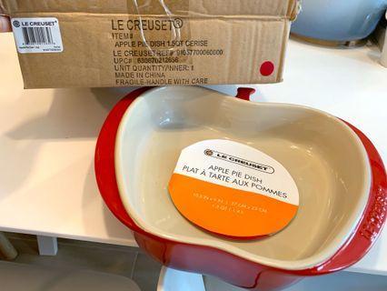 Le Creuset Apple Pie Dish in Cerise 全新玫瑰紅漸變色蘋果焗盤
