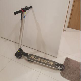 Aleoca E-potenza E-scooter