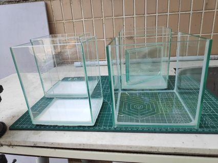細玻璃魚缸