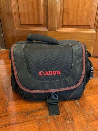 🚚 Canon Camera Bag