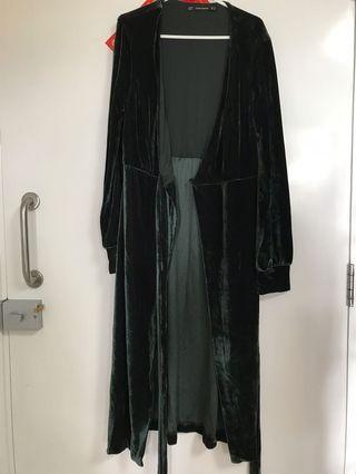 Zara 墨綠色絲絨wrap dress