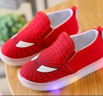 🚚 Kids Canvas Superhero Shoe ( Size 25)