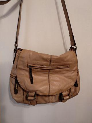 Soft genuine leather messenger bag