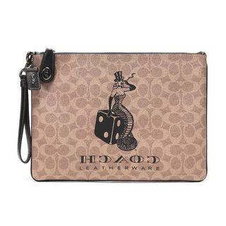 AUTHENTIC COACH VIPER ROOM TURNLOCK POUCH IN SIGNATURE CANVAS