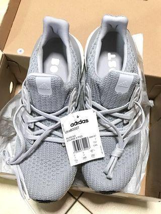 🚚 Adidas UltraBoost
