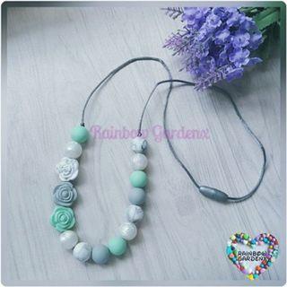 Beads Necklace / Teething Necklace / Mummy necklace