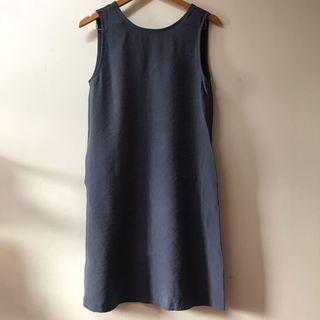 This is April Dress