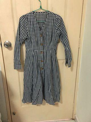 🚚 Vintage checkered Dress