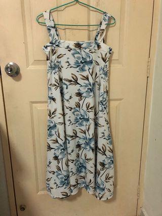 🚚 Floral Long dress