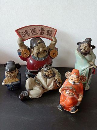 Chinese figurines.