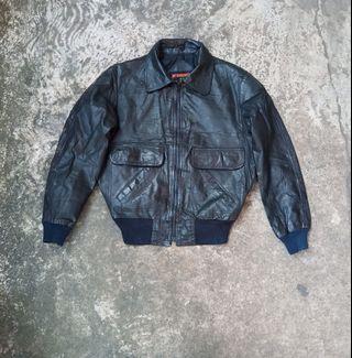 Jaket kulit size M