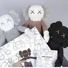 [ON HAND]Kaws Holiday 2019 Limited Edition Plushies (SET)