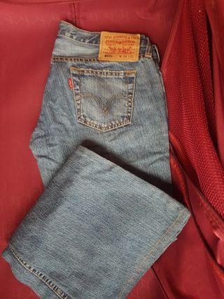 Lecis jeans