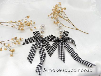 Ribbon Earrings