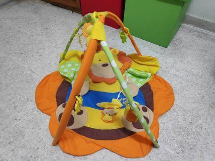 Baby Gym / Bed