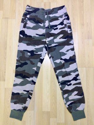 H&M Divided Slim Jogger Pants