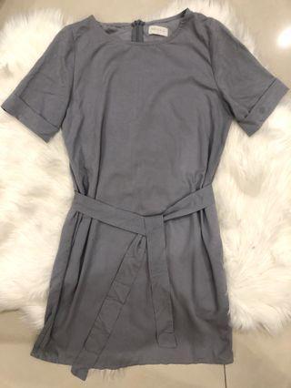 🚚 藍灰氣質洋裝 附綁帶