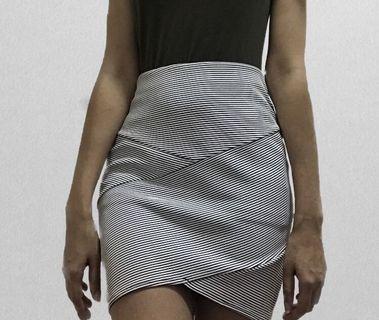 Striped panel skirt