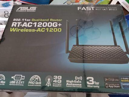 🚚 Asus Wifi Router RT-AC1200G+