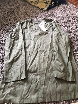 UNIQLO Dry Easy Care Collarless Long Sleeve Shirt UNIQLO