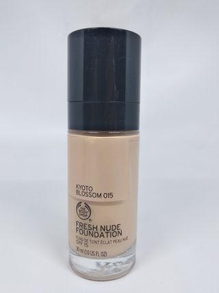 95% The Body Shop Fresh Nude Foundation SPF 15 Kyoto Blossom 015 ORIGINAL