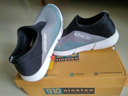 Sepatu Fashion murah free ongkir, pesan sekarang