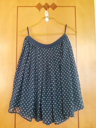 Uniqlo 藍白波點半截裙