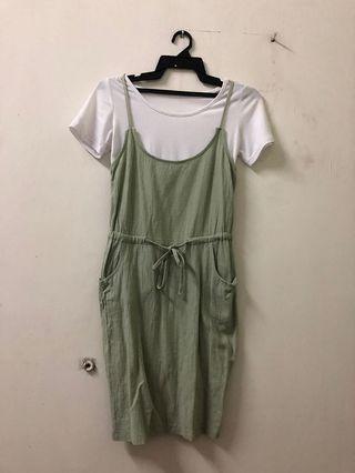 Dress (one set)