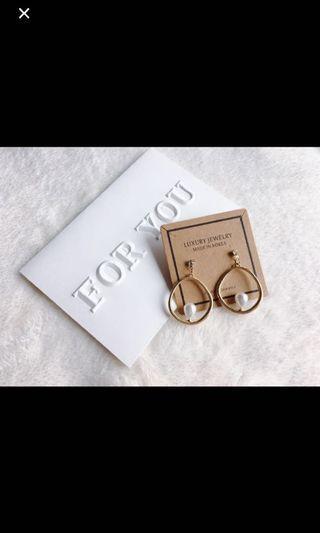 🚚 韓版質感金水鑽珍珠耳環