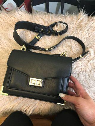 Seed crossbody bag with gold hardware