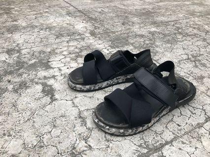 Y-3 涼鞋