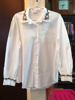 White flowers embroidery blouse