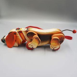 狗形木製玩具車