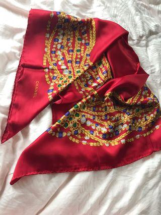 100%real Chanel vintage 100%silk scarf 87*87cm