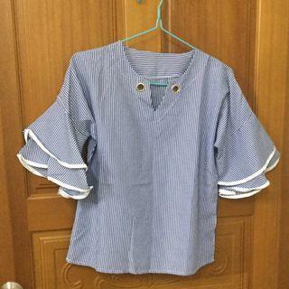 【全新】藍色條紋喇叭袖上衣