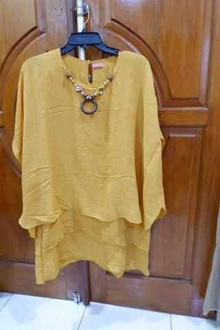 Blouse Mustard chain