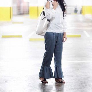 Grey Ankle-Flare Pants | #mauvivo