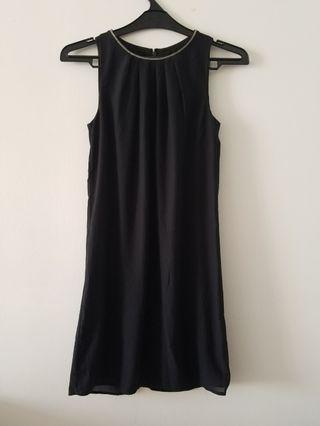 H&M black dress #mauvivo #ramadansale