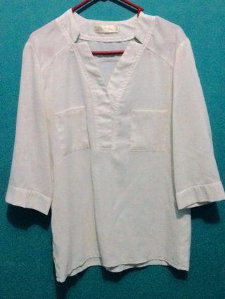 #mauvivo kemeja/ blouse putih