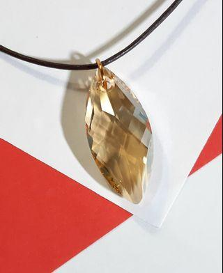 Swarovski elements crystal golden shadow 6110 navette pendant with leather cord 925 clip necklace施華洛世奇水晶元素配925純銀扣牛皮繩頸繩鍊