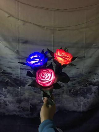 🚚 發光玫瑰🌹 電池款 只剩下這三朵啦!