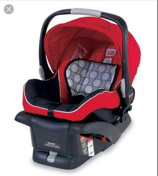 🚚 Britax B-safe car seat (rear facing) with base